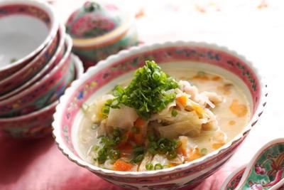 白ねり胡麻で作る中華風胡麻スープのレシピ