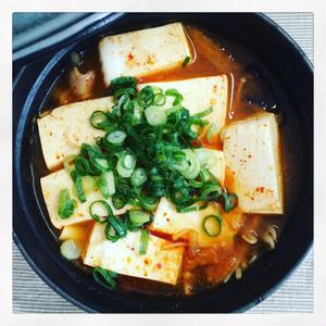 スンドゥブチゲ(純豆腐鍋)のレシピ