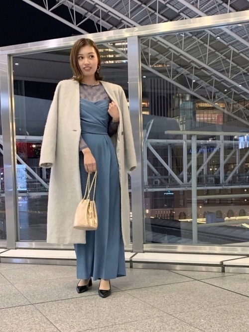 コートとドレス