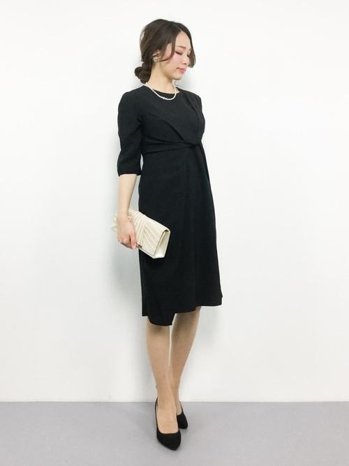 黒ドレスを使ったオーケストラの服装