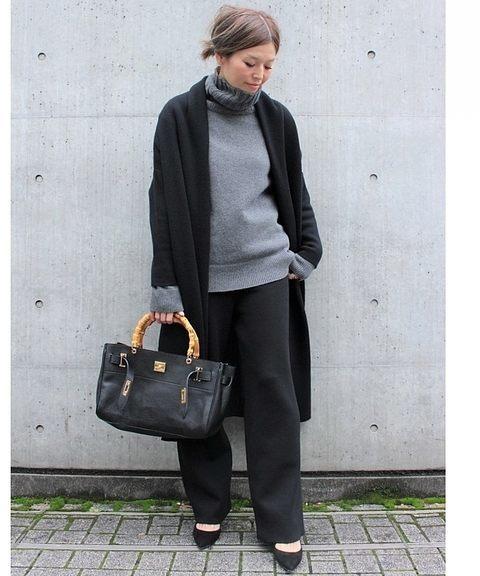 黒のワイドパンツのおすすめ冬コーデ