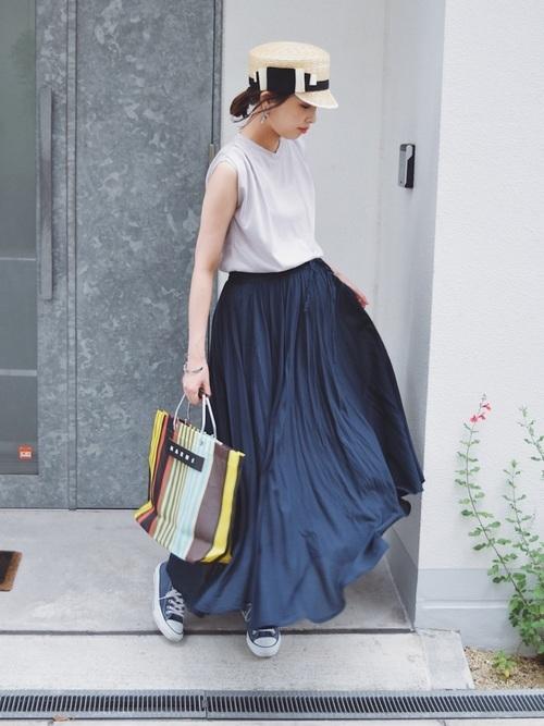 帽子×スカートコーデ