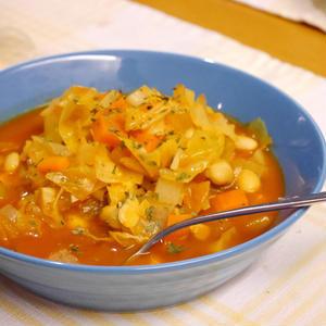 トマトジュースで簡単 ミネストローネのレシピ