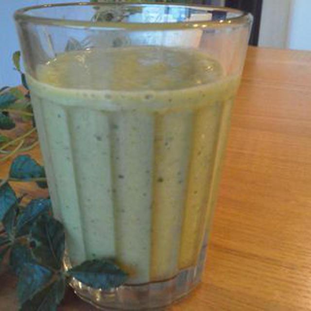 小松菜のグリーンスムージーのレシピ