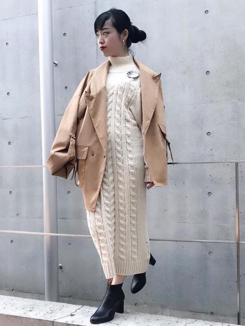 冬のテーラードジャケットコーデ