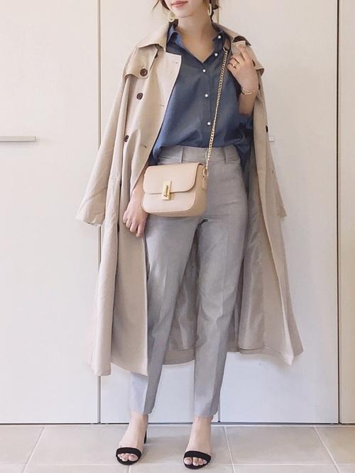 トレンチコートを使った30代のデート服
