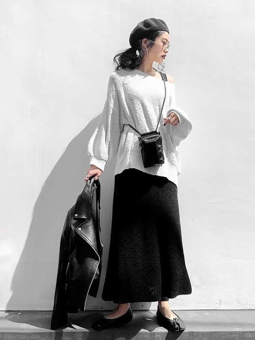 黒スカートを使ったジェンダーレスファッション