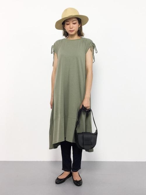 フレアスカートを使ったチェコの服装