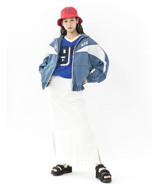 90年代ファッションのコーデ