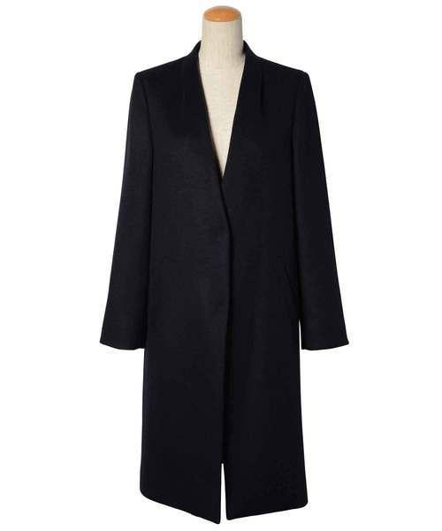 お別れ会におすすめの黒のコート