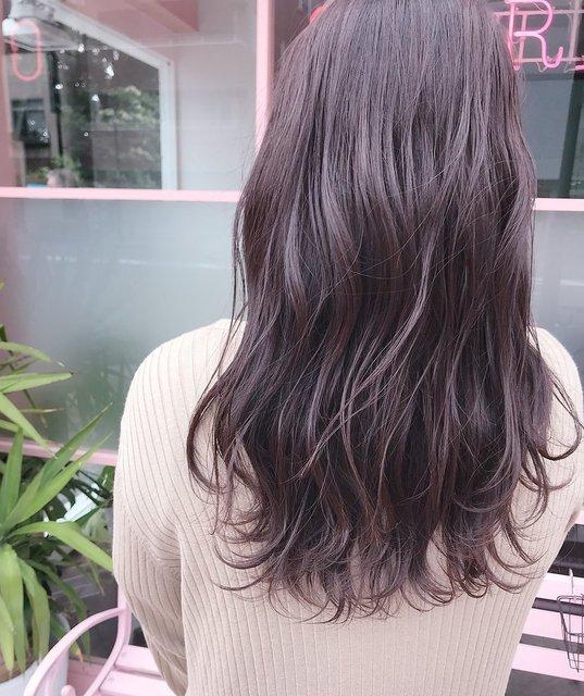 暗めのヘアカラー