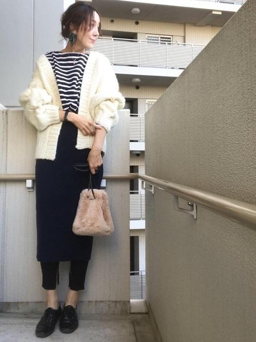 40代向けのGUのニットスカートのコーデ