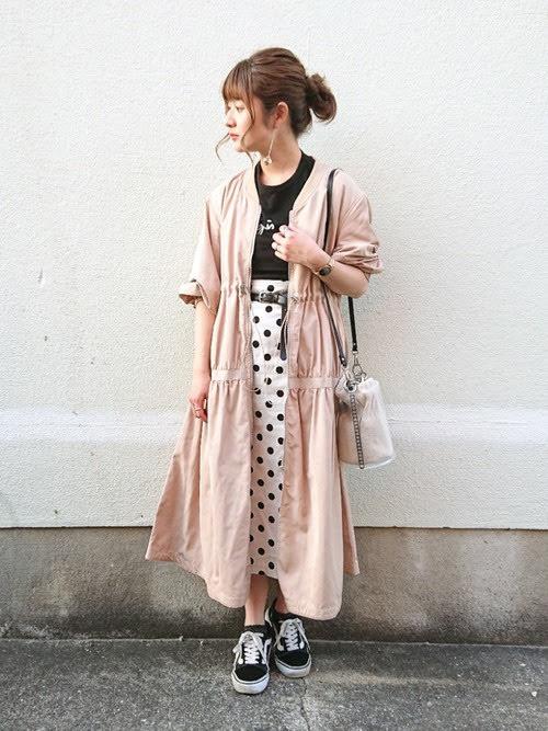 ナロースカートを使ったコーディネート【1】春:ドット柄ナロースカート