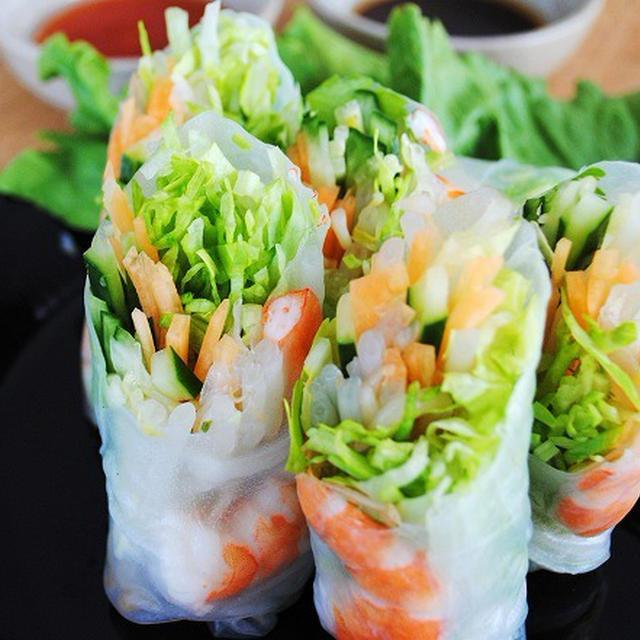 手軽にアジア気分 さっぱりヘルシー 2種類のソースでおいしさ倍増 海老とたっぷり野菜の生春巻きのレシピ