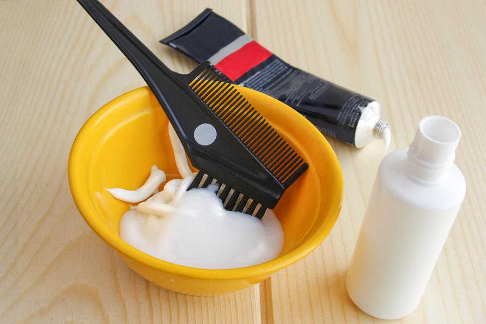 髪を染める薬剤