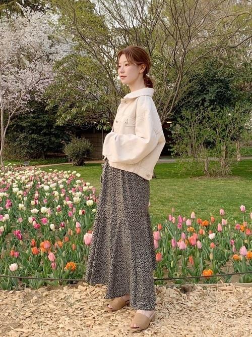 小柄さんにおすすめのロングスカートの春コーデ