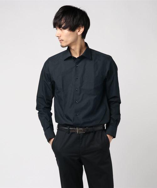 バイオリンの発表会におすすめの男性の黒のシャツ