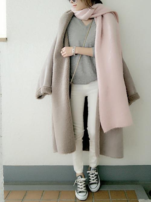 ユニクロのカシミヤセーターコーデ