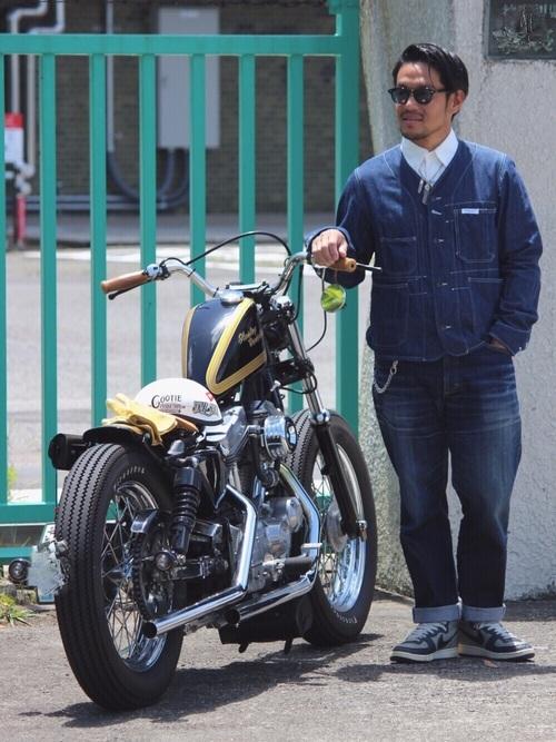 デニムジャケットを使ったバイクコーデ