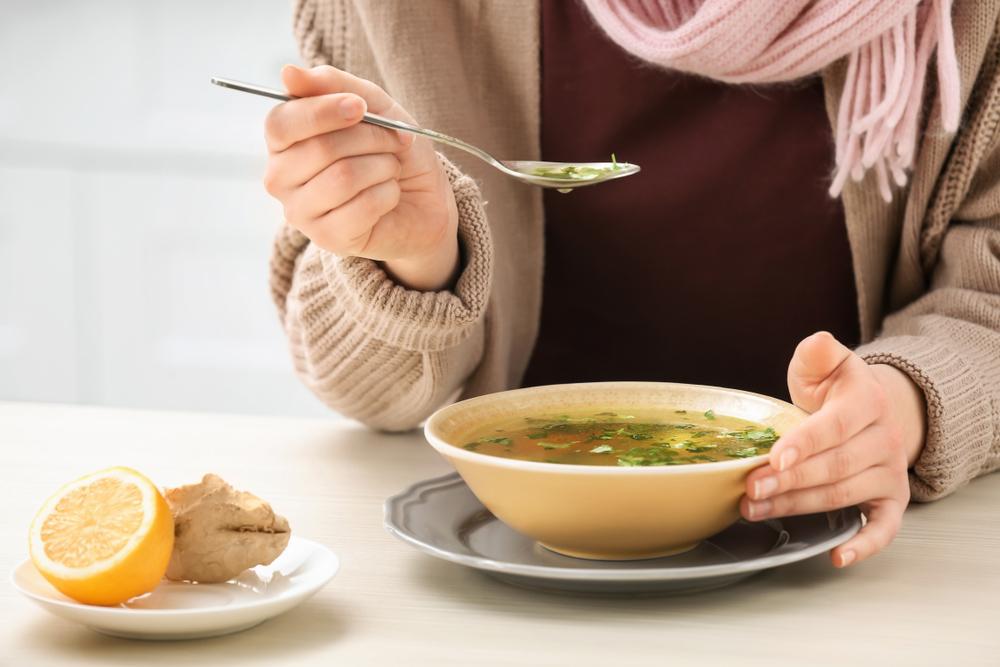 生姜スープダイエット中の女性