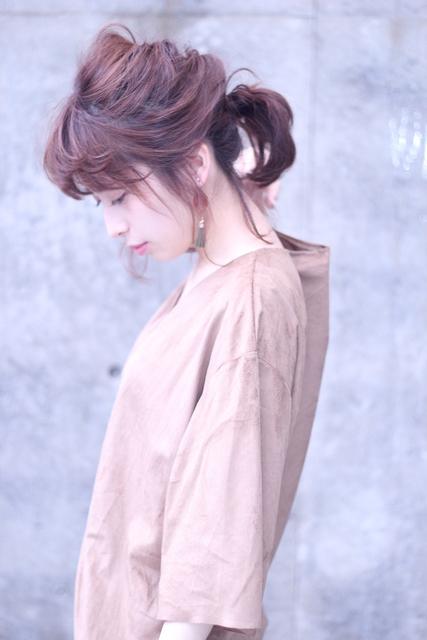 厚めバング×ミディアムヘア