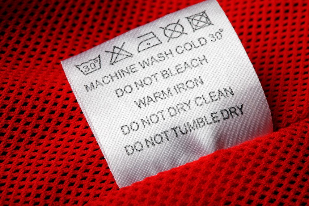 洋服のタグのクリーニングマーク