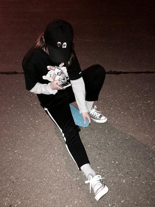 スウェットパンツを使ったスケボーの服装