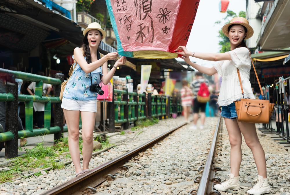 台湾旅行を楽しむ女性たち