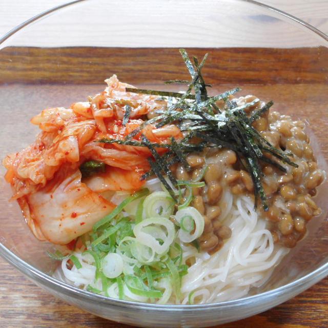 キムチ納豆そうめんのレシピ