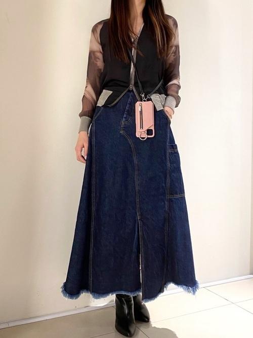バックプリントスカジャン×デニムスカート