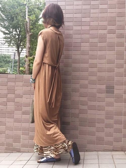 スカートを使ったゼブラ柄コーデ