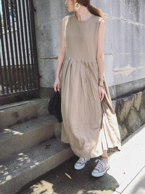 リネンワンピースを使ったオーストリアの服装