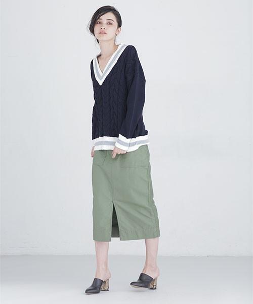 チルデンニット×タイトスカートのモード系コーデ