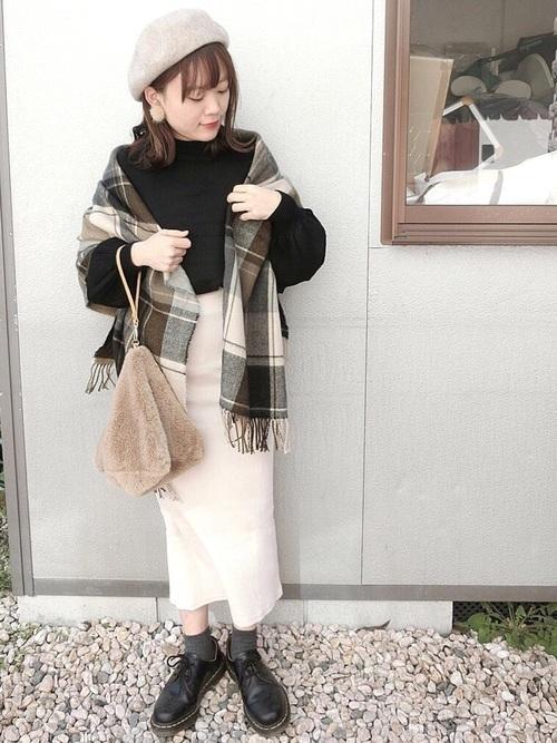 大判ストールを使った12月の服装