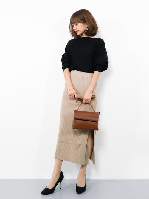 ハイウエストスカートを使った小柄さんのファッション