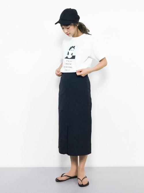 Tシャツタイトスカートコーデ