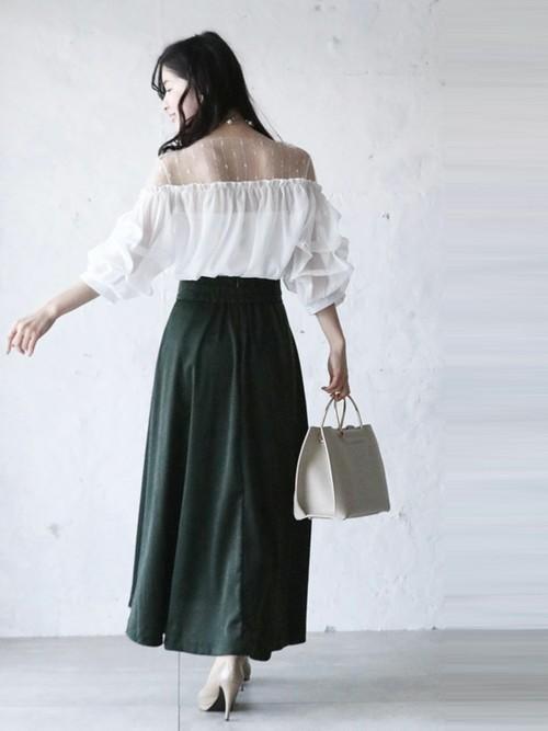 透けブラウス×ロングスカート