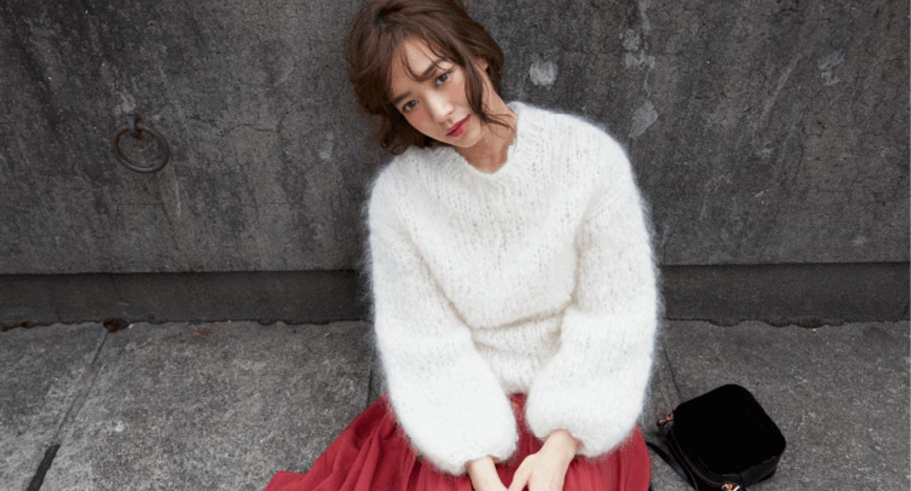 野崎萌香が着る「白」で大人かわいく見せるファッションテク9パターン