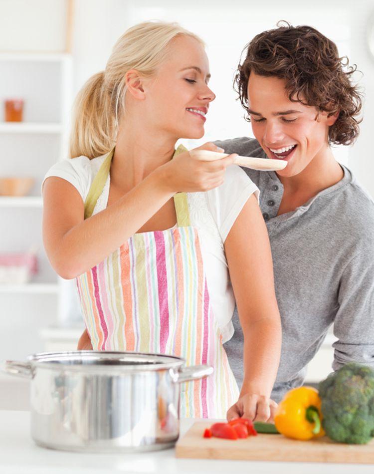 手料理が苦手でも大丈夫!彼氏が喜ぶ簡単おうちごはんのメニュー7選