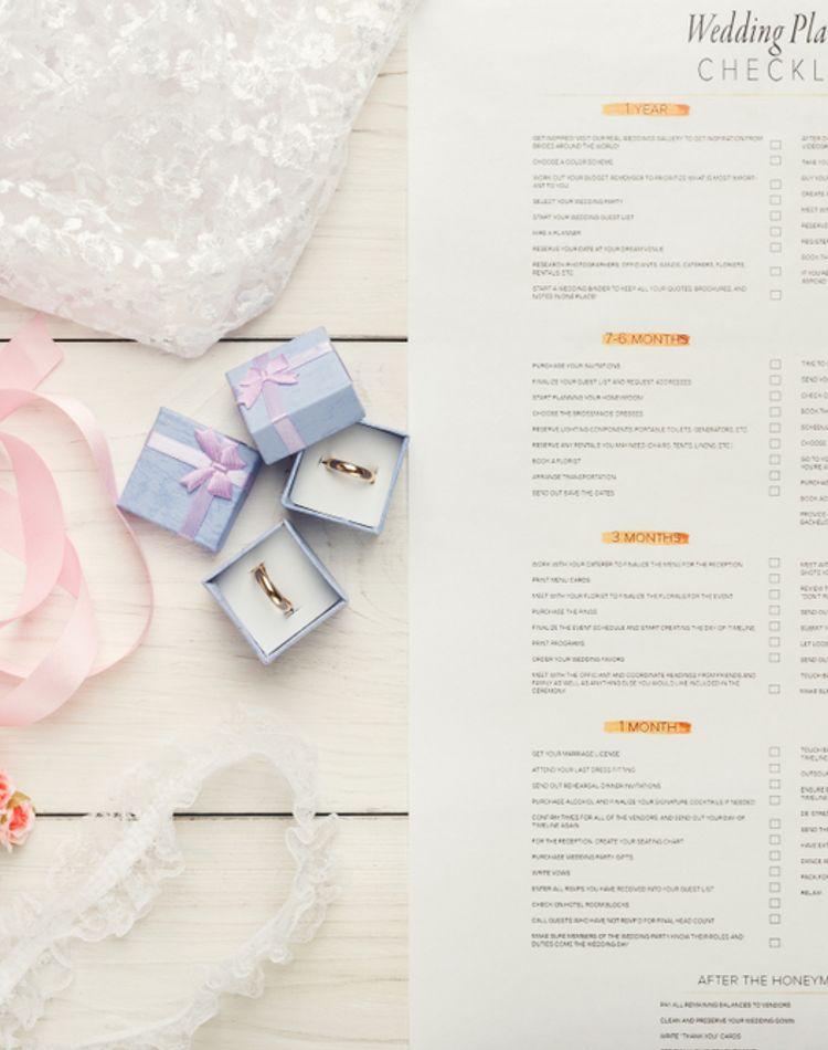 結婚式で準備するものや期間って?準備リストや流れをご紹介