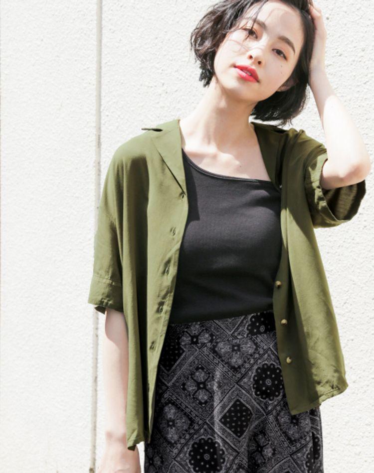 黒×カーキの季節別コーデ!大人女子の旬な辛口カラーの着こなし