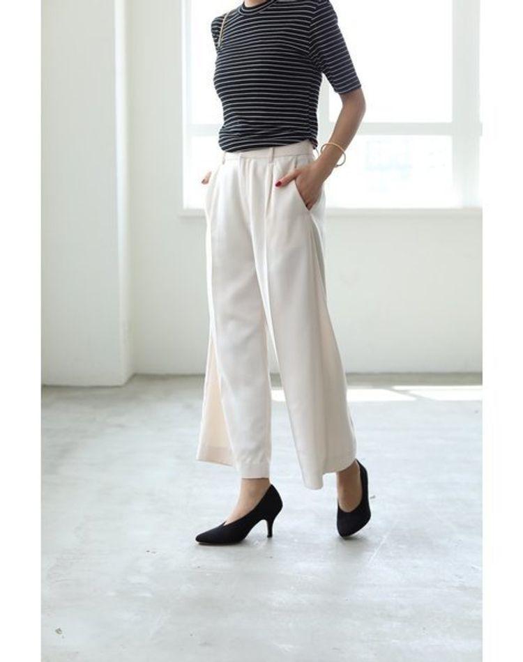 白のワイドパンツを使ったコーデ!年代・季節別の着こなしまとめ