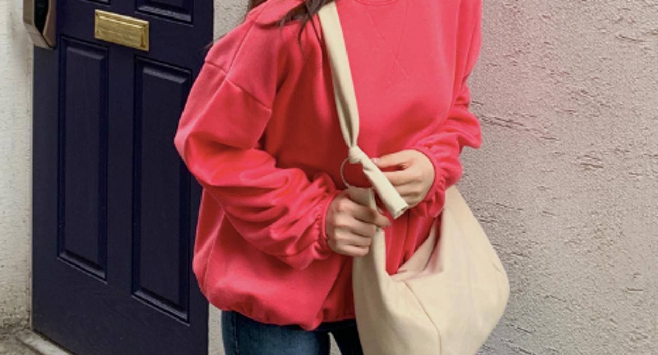 ショッキングピンクに合う色はこれ!お手本コーデも丸ごとチェック