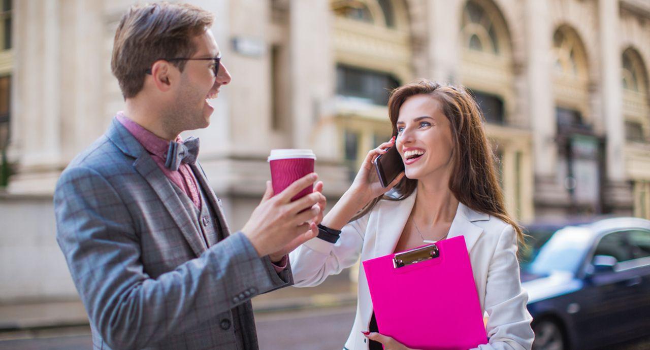 部下と職場恋愛での注意点は?恋のきっかけやアプローチ法もご紹介