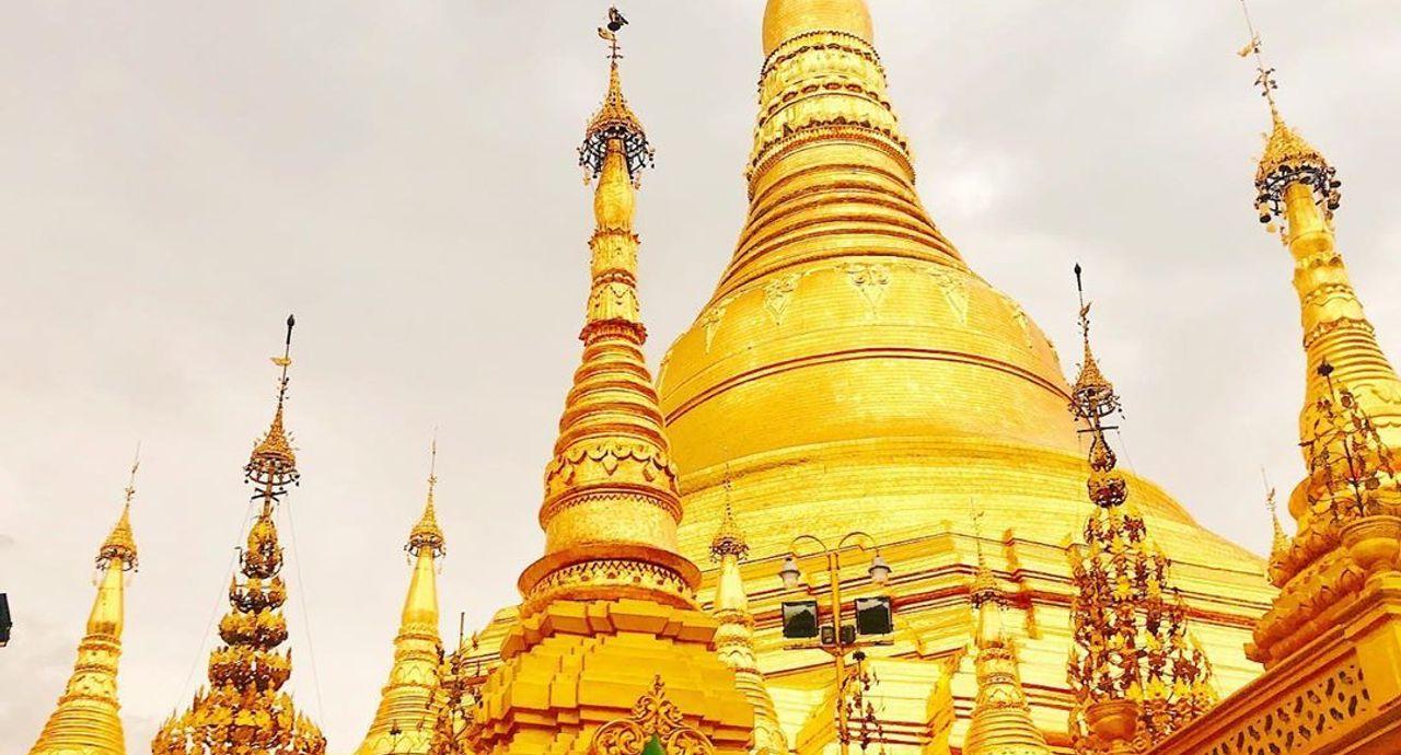 ミャンマーに行く時の服装は?旅行やビジネスのレディースコーデ集