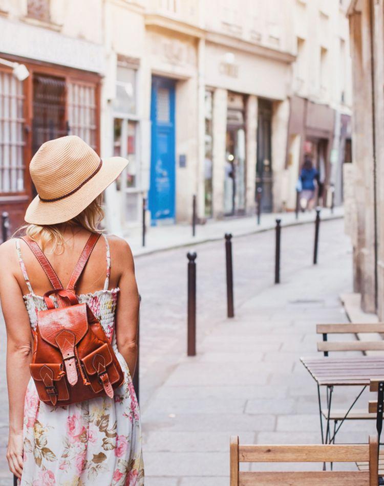 旅人の服装を季節別にご紹介!バックパッカーが持ち歩く服の枚数は?