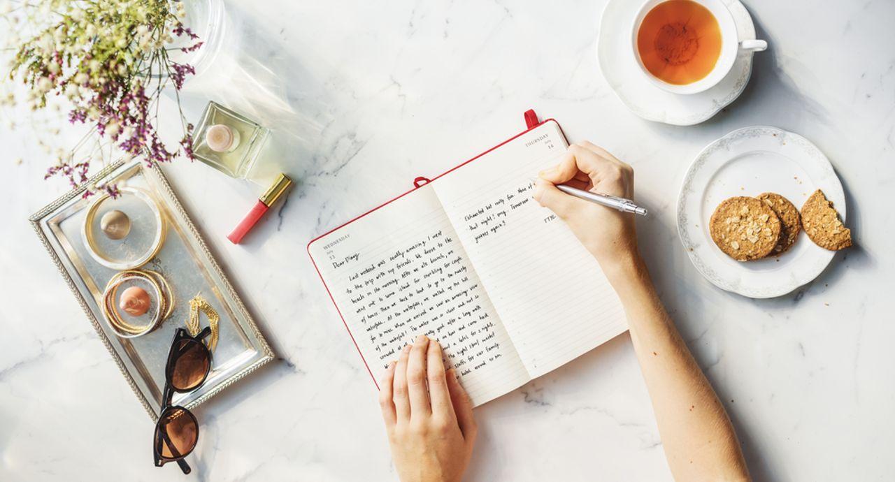 手帳の書き方講座。おしゃれに書く方法や活用アイディア