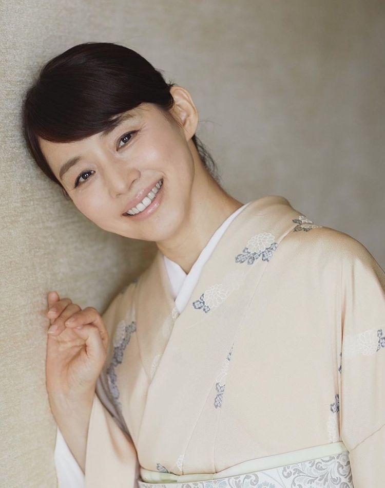 石田ゆり子は結婚してる?結婚歴や独身の理由もご紹介
