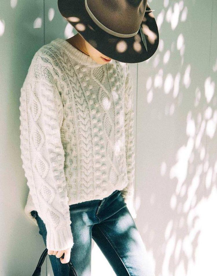 牧場が似合う服装が知りたい!季節別デートに最適なおすすめコーデ