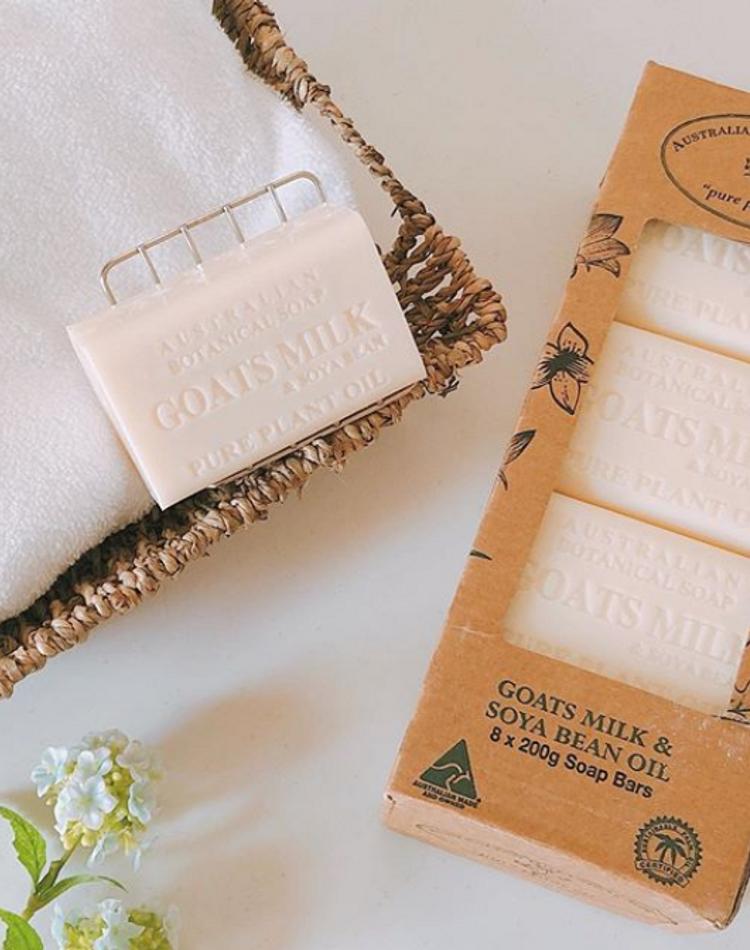洗顔石鹸は乾燥、ニキビ、毛穴ケアにいい?選び方や使い方、おすすめ